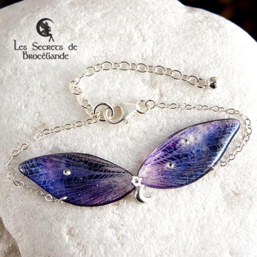 Bracelet de fée de couleur violet et rose en résine, monture en argent 925. Fabrication artisanale.
