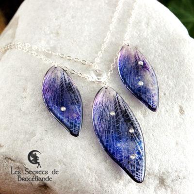 Collier de fée de couleur violet et rose en résine, monture en argent 925. Fabrication artisanale.