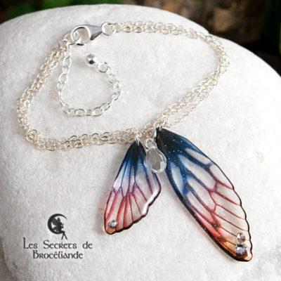 Bracelet Brocéliande aux couleurs de l'aurore en résine, monture en argent 925. Fabrication artisanale.