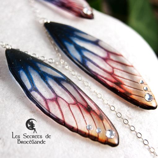 Collier plastron Brocéliande aux couleurs de l'aurore en résine, monture en argent 925. Fabrication artisanale.