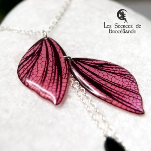 Collier ras-de-cou féerique phosphorescent rose en résine, monture en argent 925. Fabrication artisanale.